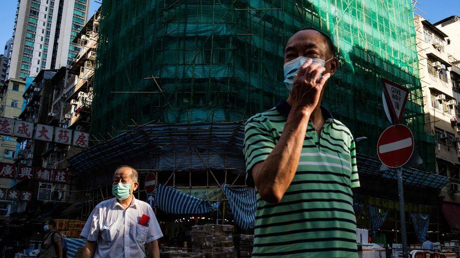Hong Kong bất ngờ phong tỏa tại Thâm Thủy Bộ