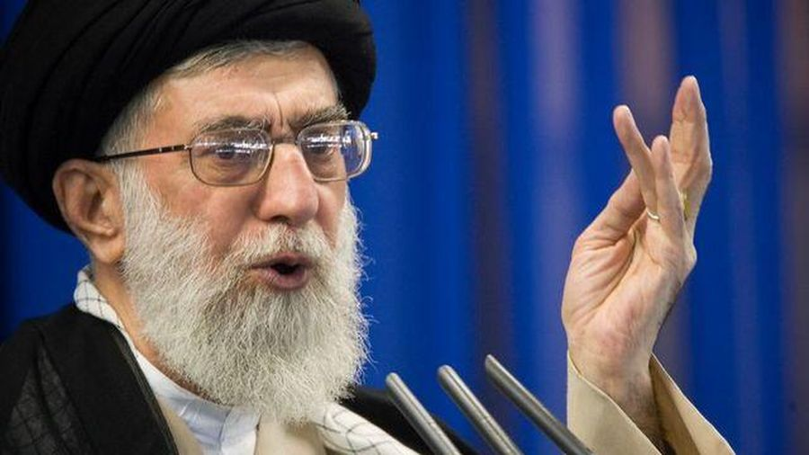 Lãnh đạo Iran đăng hình giống ông Trump, đe dọa trả thù trên Twitter