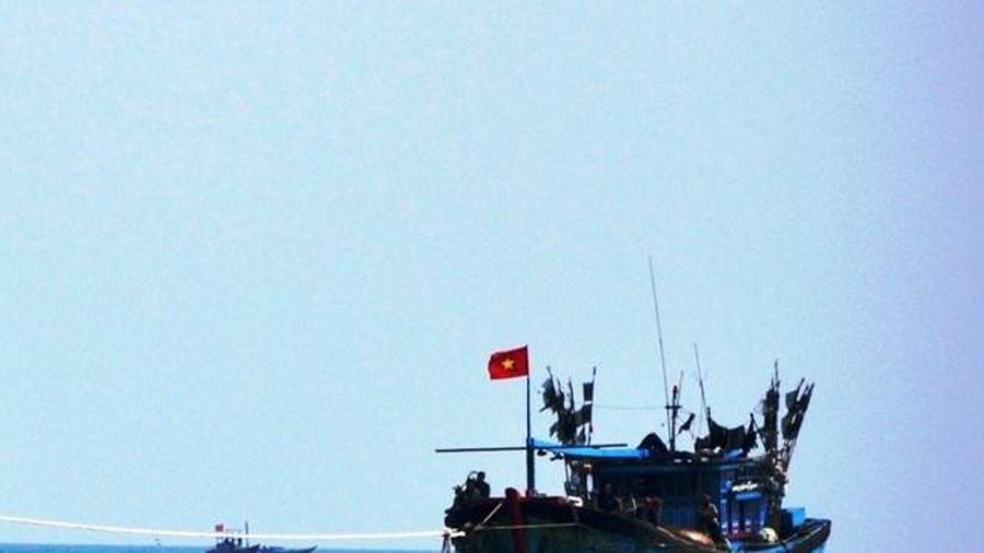 Ngư dân Quảng Ngãi liên tiếp gặp nạn trên biển