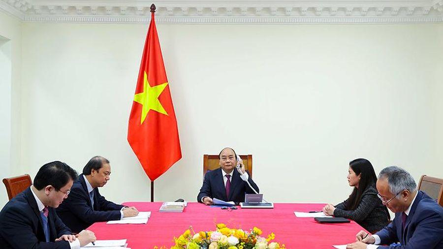 Thủ tướng Nguyễn Xuân Phúc điện đàm với Thủ tướng Ô-xtrây-li-a X.Mo-ri-xơn