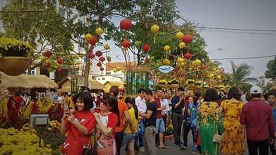 TP Cần Thơ: Xây dựng Đường hoa nghệ thuật mừng xuân Tân sửu 2021