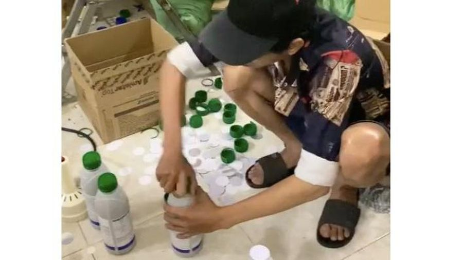 Tạm giữ nhóm đối tượng sản xuất, buôn bán hàng giả thuốc bảo vệ thực vật