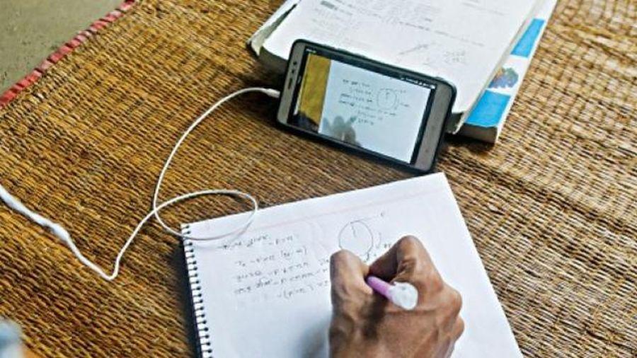 Bangladesh: Kỹ thuật số nới rộng khoảng cách giáo dục