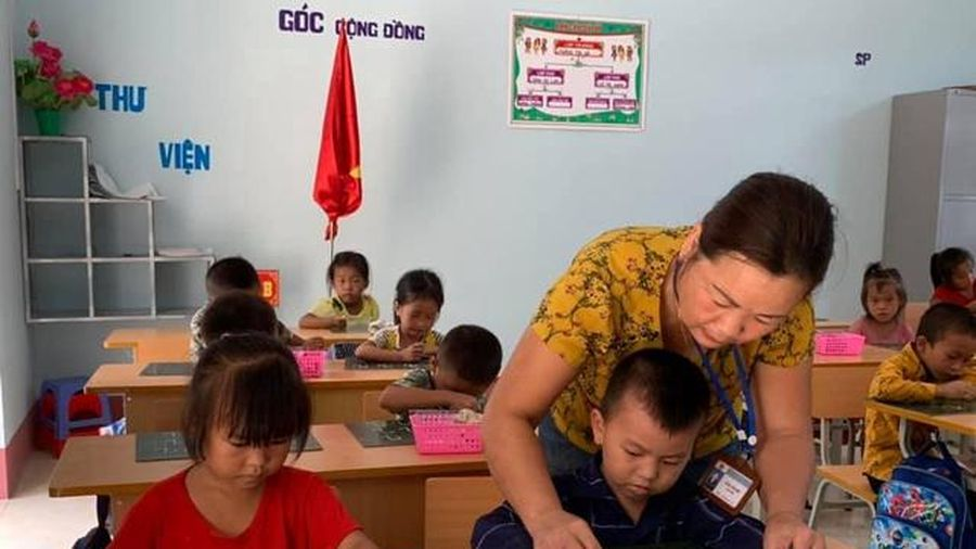 Chủ tịch nước phong tặng 18 Nhà giáo Nhân dân năm 2020