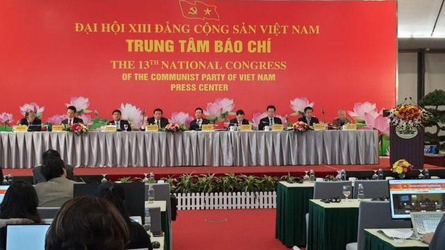 Nhiều đại biểu dự Đại hội XIII của Đảng là Nhà giáo ưu tú