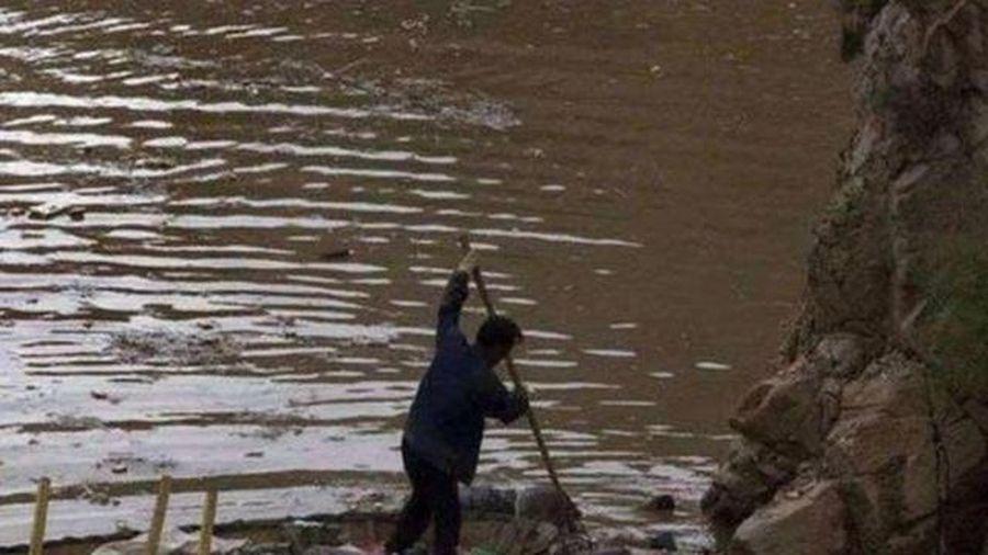 Những kiêng kỵ kỳ quái của nghề vớt xác trên sông Hoàng Hà