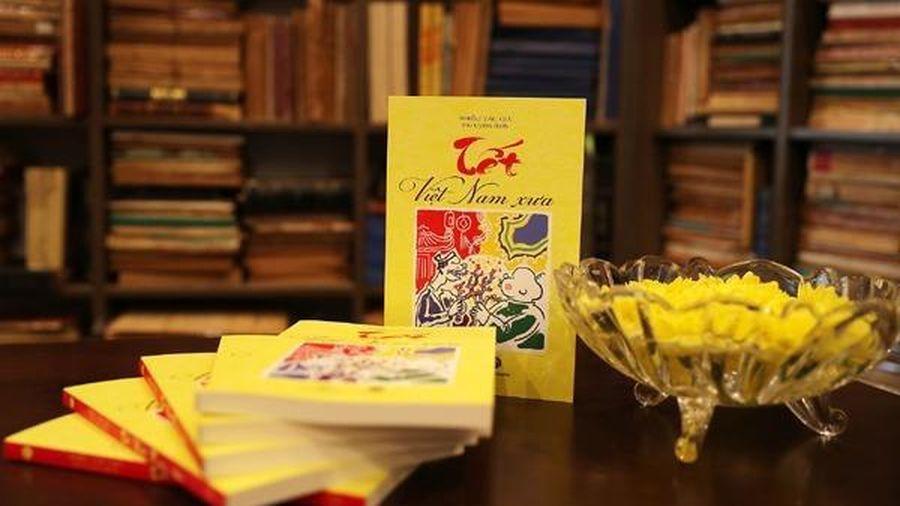 Tết Việt đầy màu sắc qua góc nhìn của học giả Việt Nam và quốc tế