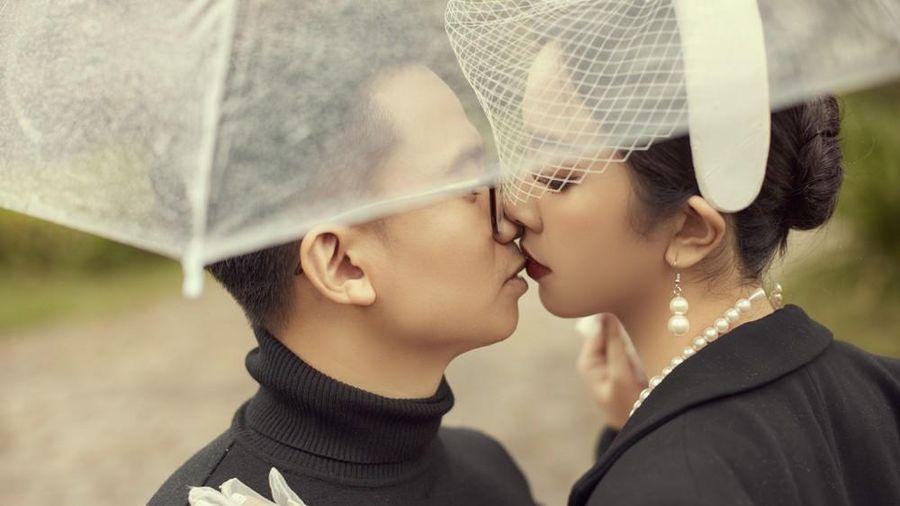 Á hậu Thúy An tiếp tục tung ảnh cưới 'tình bể bình' ở Đà Lạt trước thềm hôn lễ