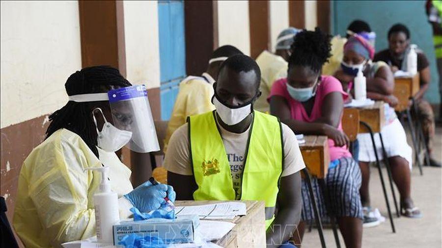 Biến thể virus SARS-CoV-2 ở Nam Phi đã lan tới Kenya