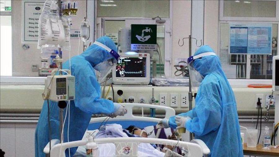 Hội chẩn lần 2 đối với bệnh nhân COVID-19 nặng về từ Mỹ