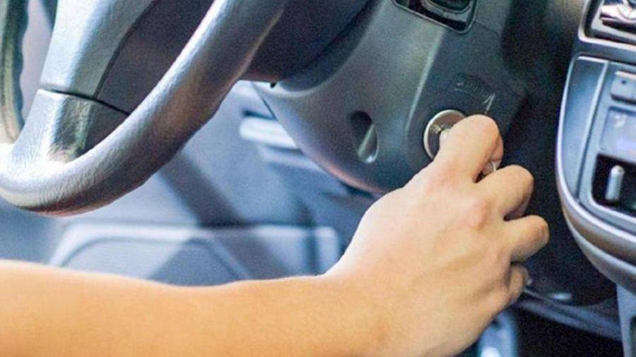 Trời lạnh, có nên lái xe ngay khi vừa nổ máy?