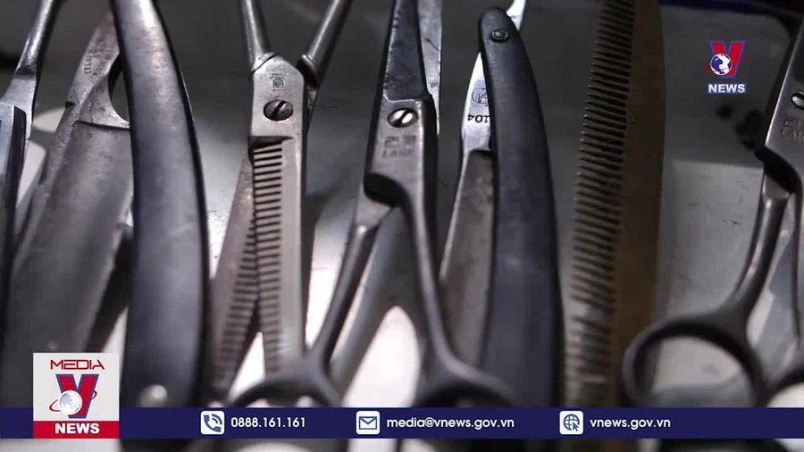 Tiệm cắt tóc Mậu Dịch giữa lòng Thủ đô