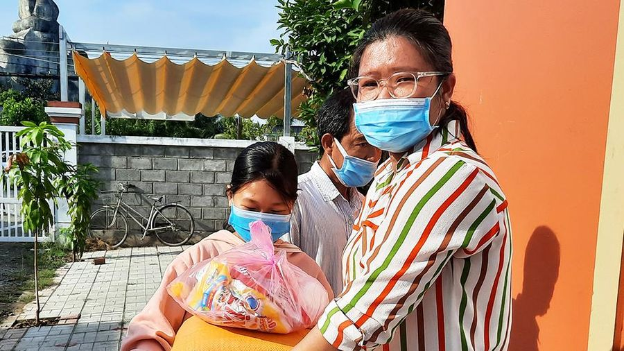 Châu Phú chăm lo Tết cho người dân