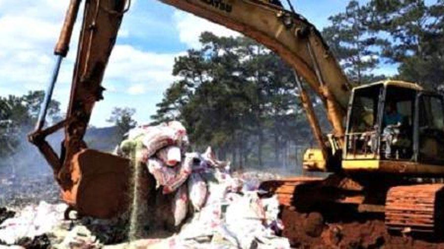 Tiêu hủy 25 tấn phân bón không rõ nguồn gốc