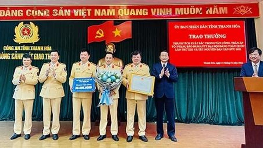 CSGT Thanh Hóa bắt vụ nhiều vụ ma túy lớn