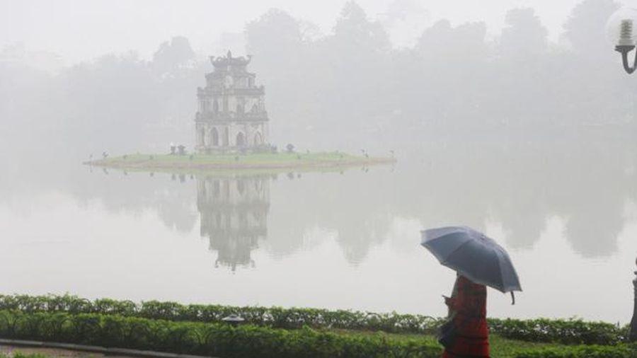 Hà Nội có mưa, sương mù, rét về đêm và sáng