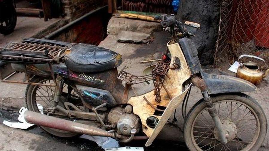 Thu hồi, loại bỏ xe máy cũ nát: Khó cũng phải làm