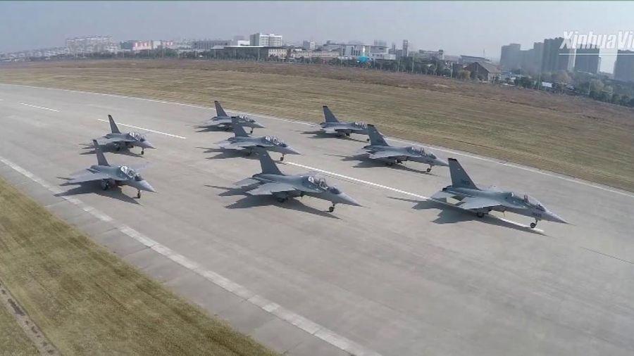 Nga bất lực nhìn Ukraine giúp Trung Quốc phá giá thị trường máy bay huấn luyện