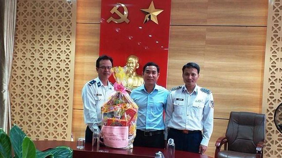 Cảnh sát biển thăm chúc Tết huyện đảo Lý Sơn
