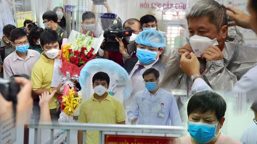 Một năm sau ca mắc Covid-19 đầu tiên tại Việt Nam