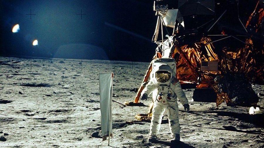 NASA cho Nhà Trắng mượn đá Mặt Trăng 3,9 tỷ năm tuổi