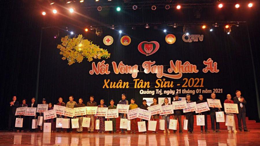 Hà Tĩnh, Quảng Trị: Huy động chăm lo tết cho người dân