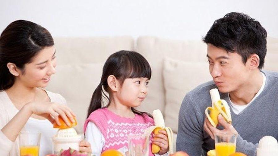 5 loại trái cây bổ dưỡng các mẹ nên cho trẻ ăn thường xuyên