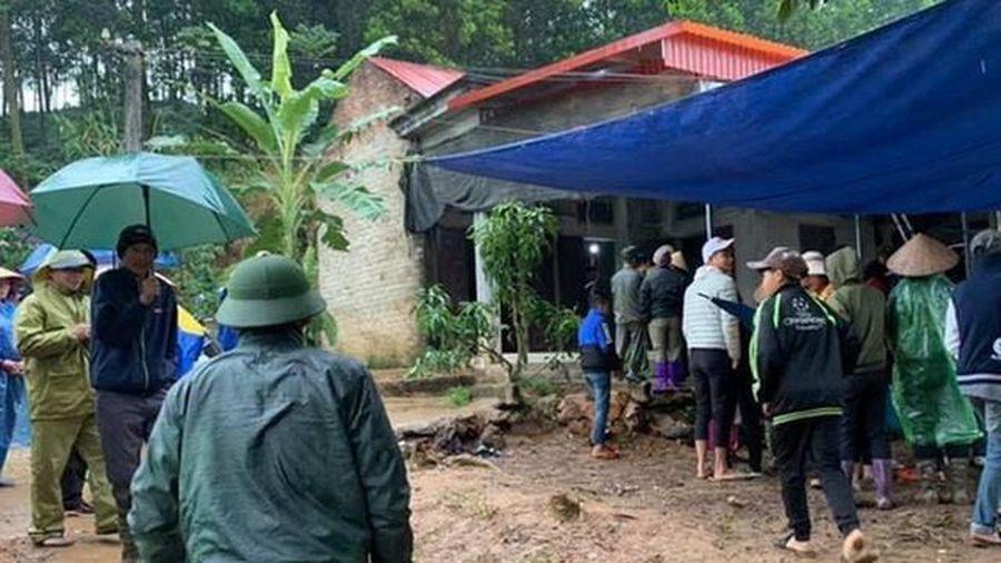 Phú Thọ: Khởi tố vụ án 3 cha con tử vong tại nhà riêng