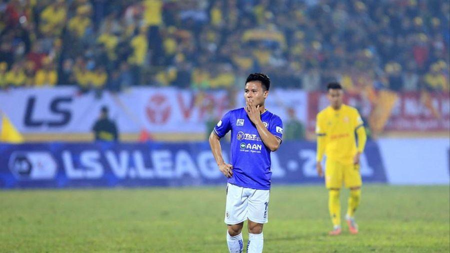 Vòng 2 V.League 2021: Ứng viên vô địch gặp khó