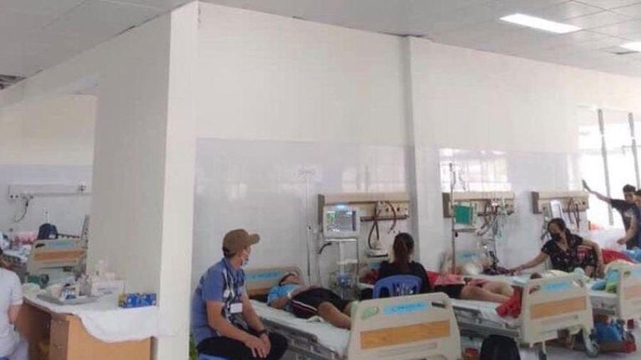 Những bệnh nhân đầu tiền đến điều trị tại bệnh viện trăm tỉ từng bỏ hoang