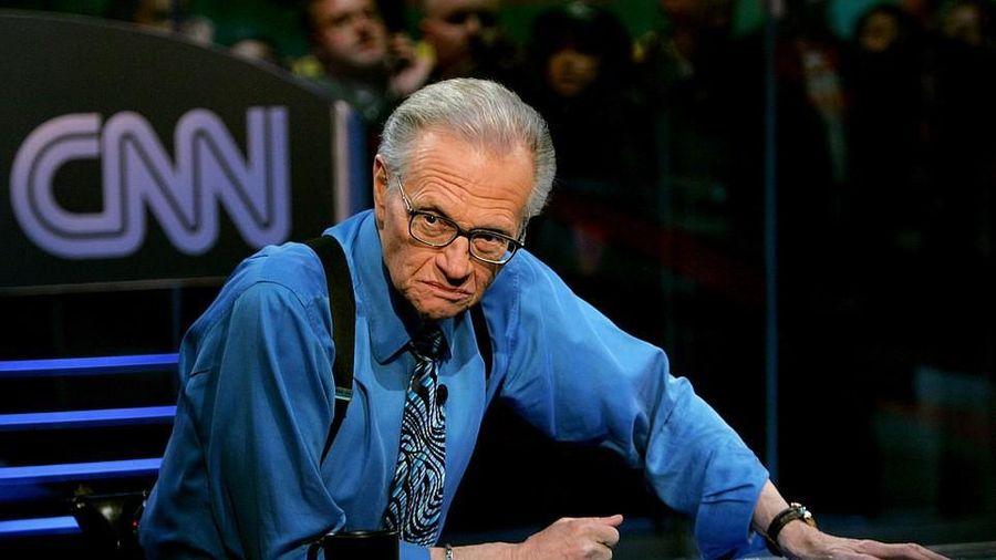 Huyền thoại truyền hình Larry King qua đời ở tuổi 87 sau mắc COVID-19