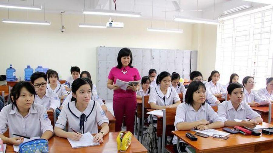 Bao nhiêu giáo viên phổ thông có thể dạy liên tục 26-28 tiết/ tuần?