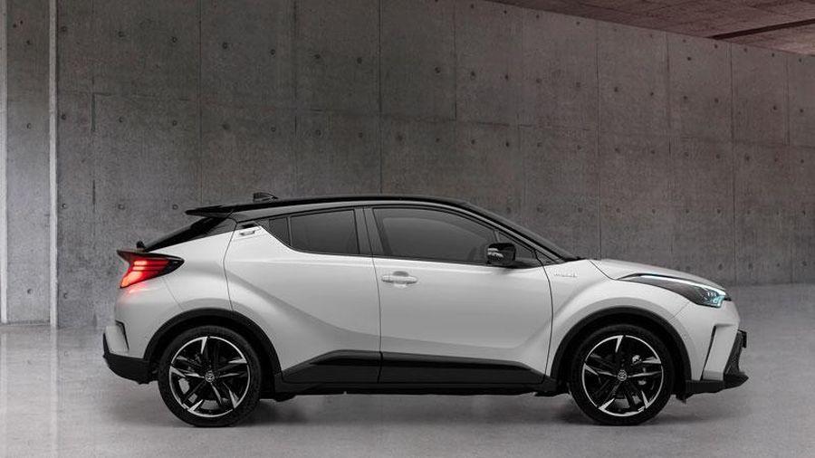 SUV thể thao Toyota siêu tiết kiệm xăng, giá gần 1 tỷ đồng