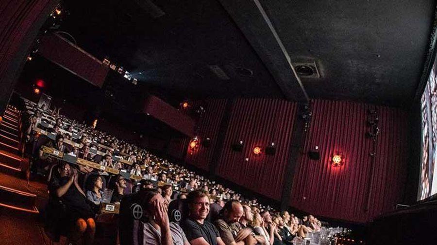 Top 10 bí mật 'động trời' mà nhân viên rạp chiếu phim không bao giờ tiết lộ