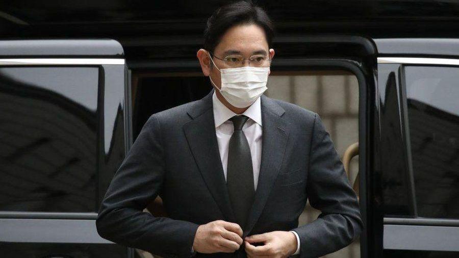 'Thái tử' ngồi tù, Samsung bị ảnh hưởng thế nào?
