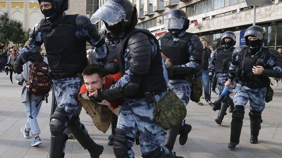 Tình hình Nga: 4000 người biểu tình ở thủ đô Moscow