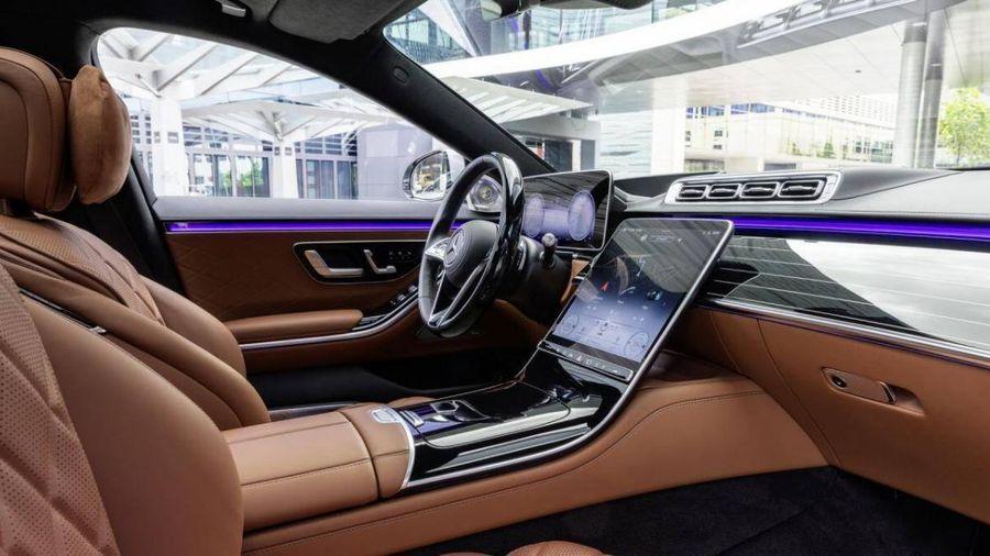 Mercedes-Benz xin lỗi khách hàng vì phải triệu hồi S-Class thế hệ mới