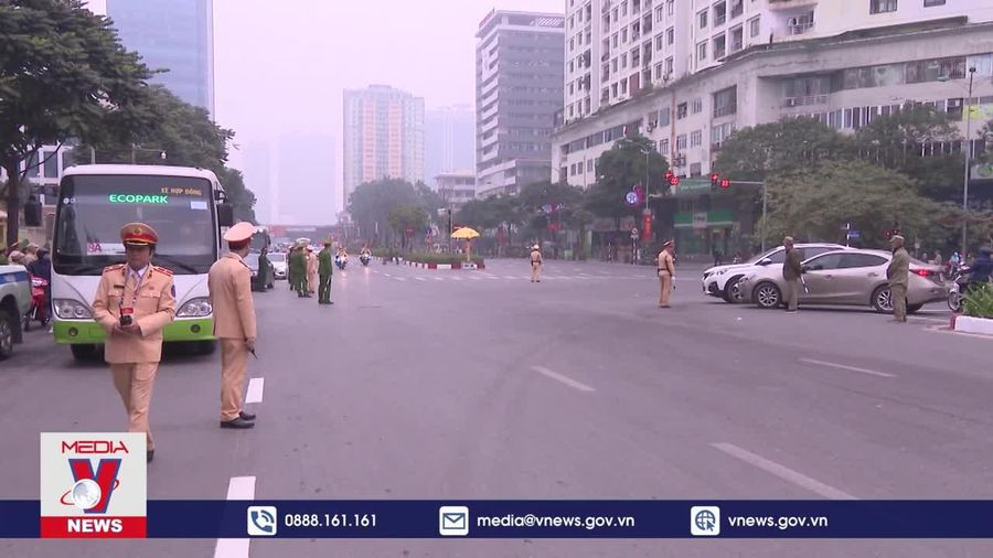 Cảnh sát giao thông nỗ lực cao nhất phục vụ Đại hội XIII của Đảng