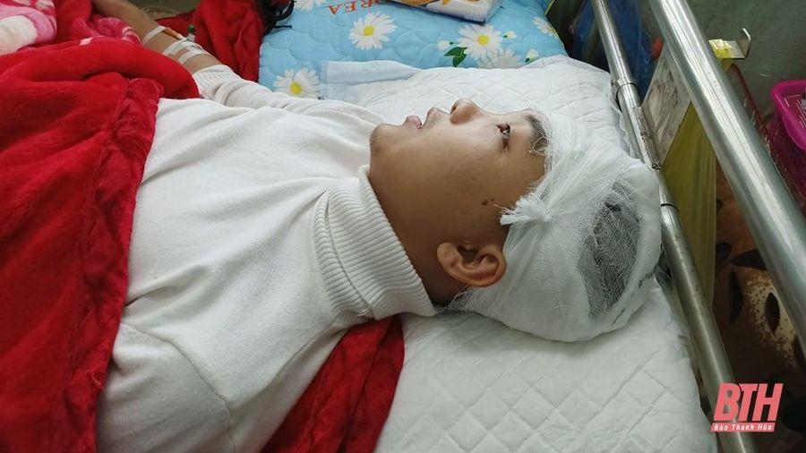 Sở GD&ĐT Thanh Hóa yêu cầu làm rõ vụ nam sinh bị hành hung ở Lang Chánh