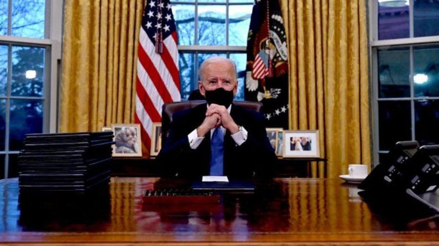 Tân Tổng thống Mỹ Joe Biden hối thúc hành động kinh tế 'quyết đoán hơn'