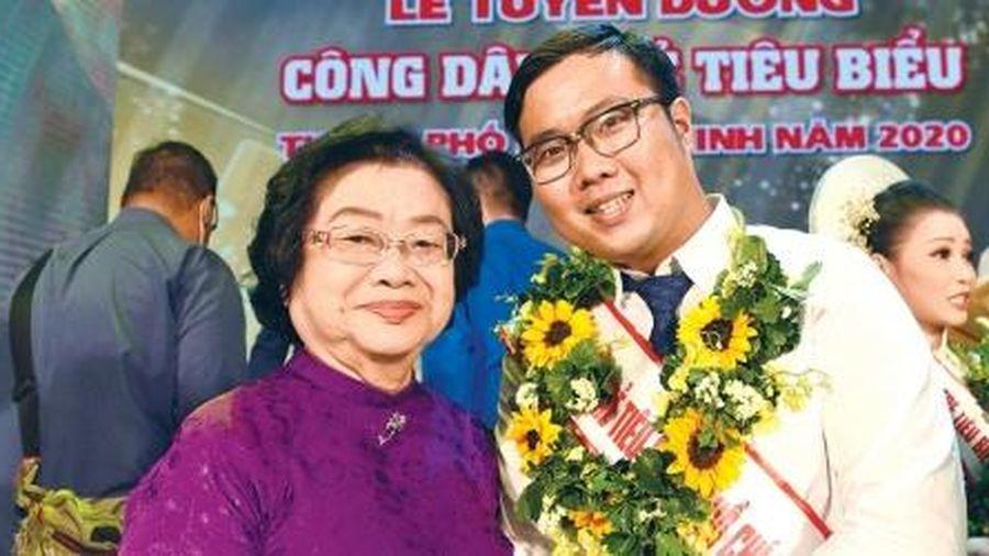 Doanh nhân khởi nghiệp Phan Minh Tiến: Ngọt ngào hành trình thu mật từ cuống dừa