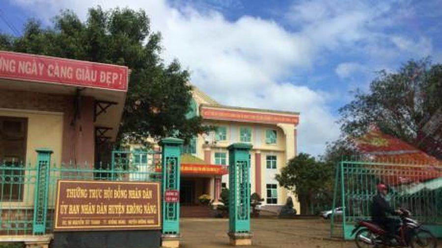 Nguyên PCT huyện liên quan lộ đề thi công chức làm Trưởng Ban Tổ chức Huyện ủy