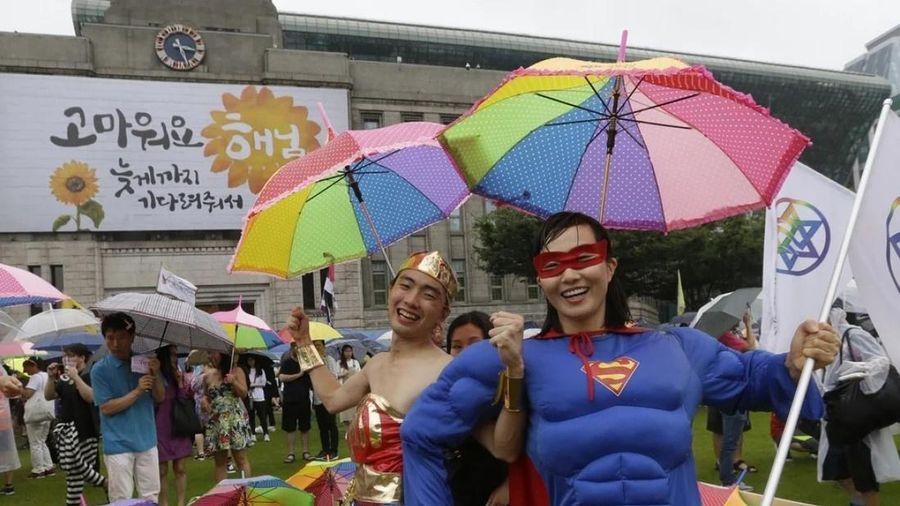 Dự thảo bảo vệ học sinh LGBT gây tranh cãi tại Hàn Quốc