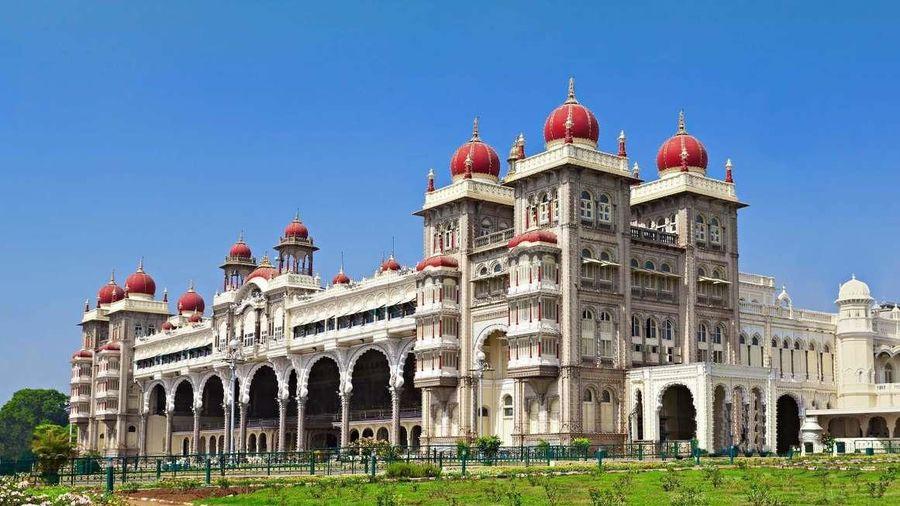 Kiến trúc những cung điện nổi tiếng thế giới
