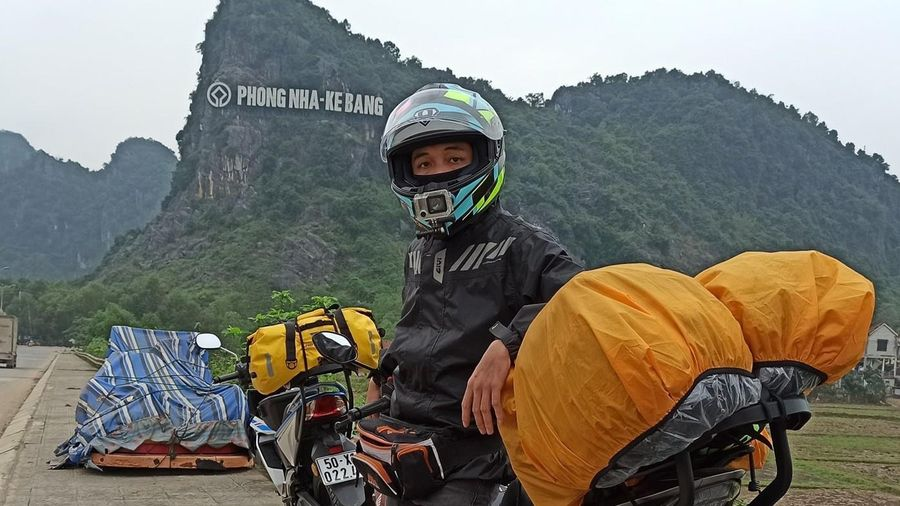 Chàng trai phượt xuyên Việt 27 ngày với 20 triệu đồng