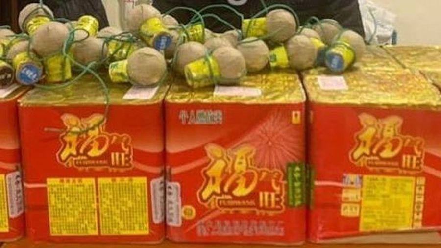 Bắt giữ nam thanh niên mua pháo từ Lạng Sơn mang về Hà Nội