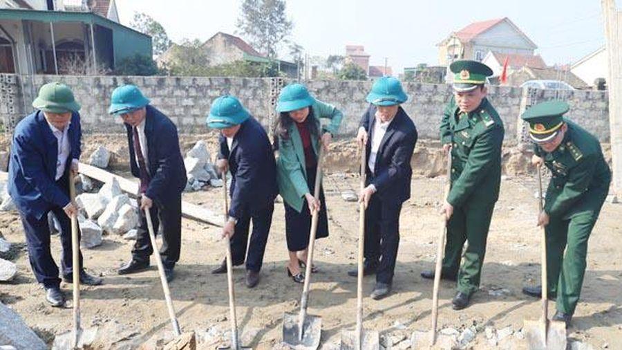 Nghi Xuân khởi công xây nhà ở cho 2 gia đình chính sách