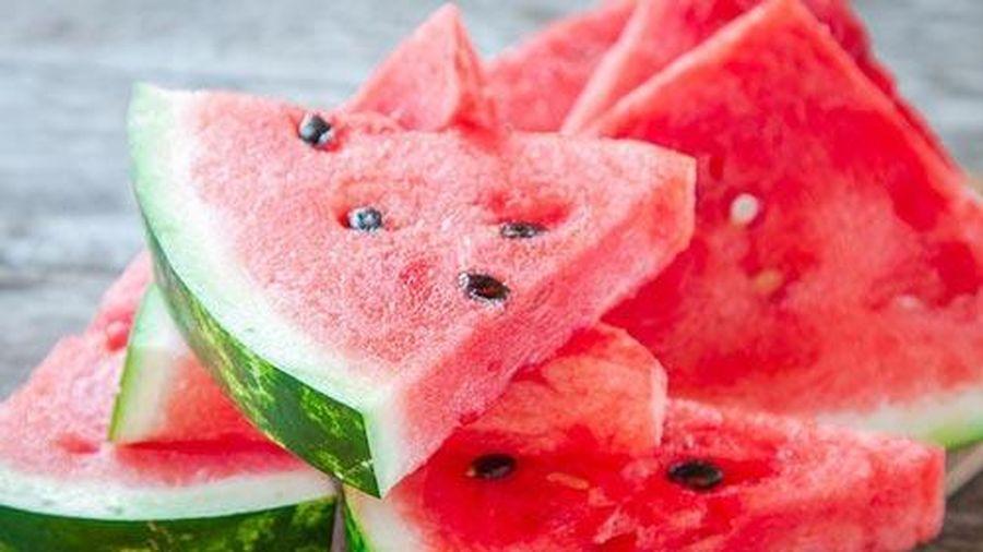 Tất cả những điều bạn phải biết trước khi ăn dưa hấu