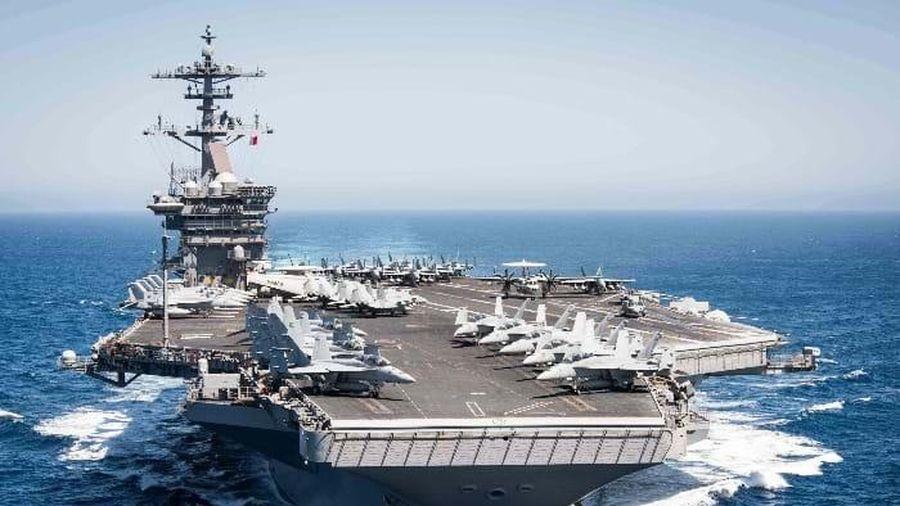 Trung Quốc vừa thông qua luật Hải cảnh, Mỹ liền điều tàu sân bay vào Biển Đông