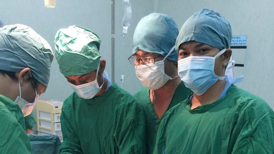 Bệnh viện Đa khoa Khu vực tỉnh An Giang cứu sống bệnh nhân nguy cơ tử vong do vết thương nặng